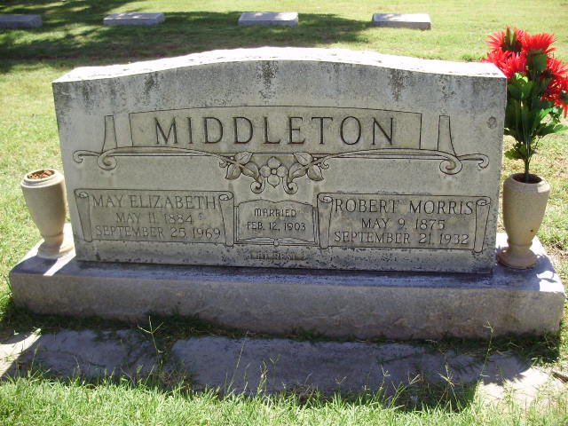 Headstones:  Robert Morris Middleton and May Elizabeth (Varney) Middleton - Headstone