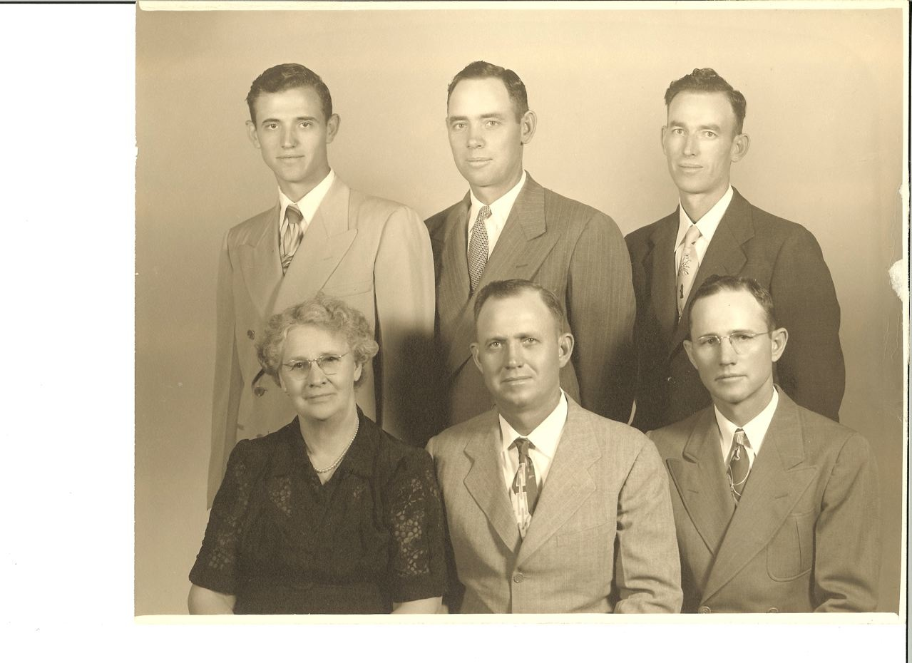 Photo:  May Elizabeth (Varney) Middleton with sons, Chester Owen Middleton, Arthur Edmer Middleton.  Top row:  Robert Morris Middleton Jr., Theodore Varney Middleton and Carl Homer Middleton